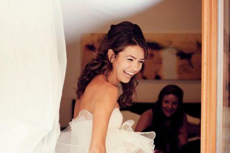 Che tipo di acconciatura dovresti avere il giorno delle nozze?
