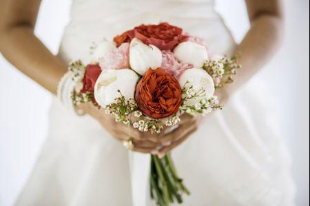 Meglio un bouquet di fiori freschi o artificiali?