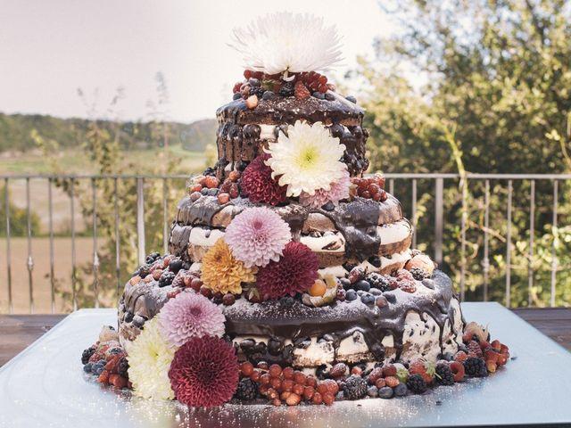 27 affascinanti torte nuziali decorate con fiori freschi