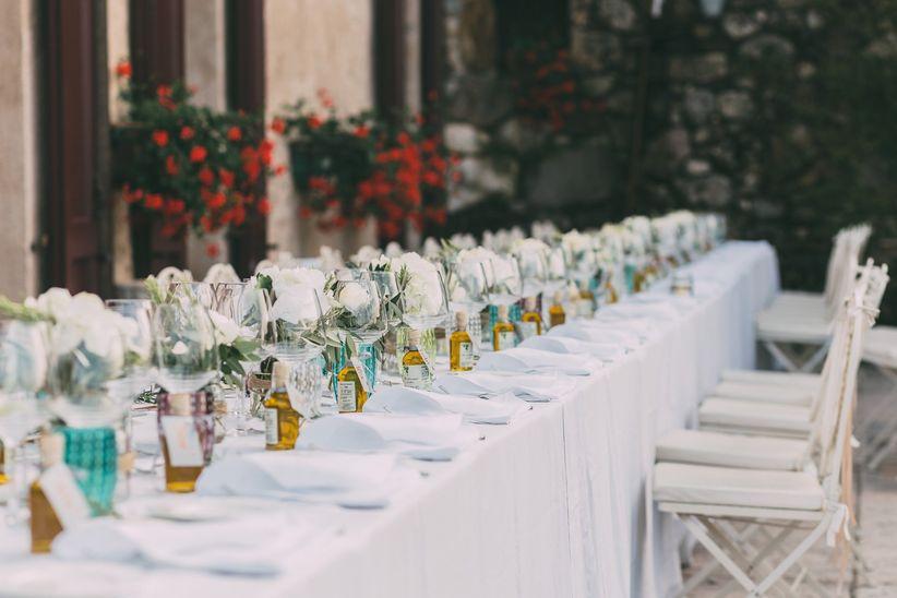 77c657e91122 Come decorare i tavoli di matrimonio rettangolari  tutti gli step da ...