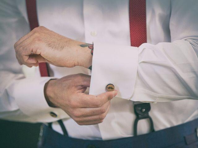 Le bretelle: un must d'altri tempi per completare l'outfit nuziale dello sposo