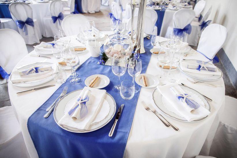 Tema Matrimonio Blu E Bianco : Nel blu dipinto di il colore tema delle vostre nozze