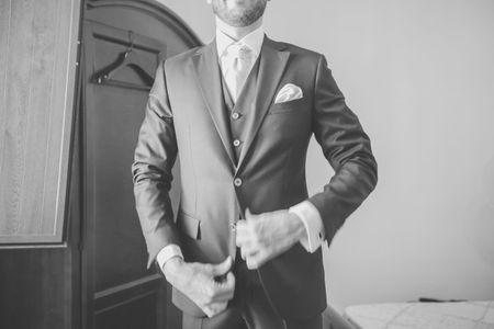 Stili e accessori di tendenza per lo sposo 2015
