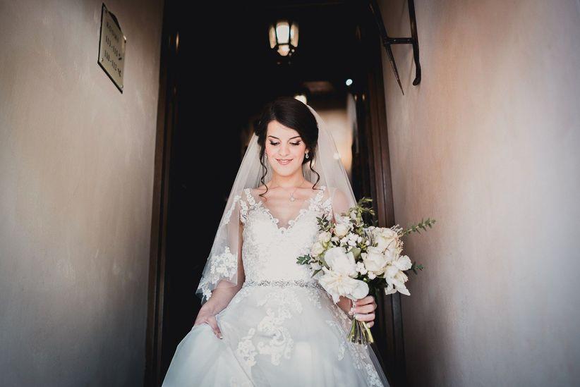La storia del vestito da sposa  un viaggio nel tempo 36c4eb52ccf
