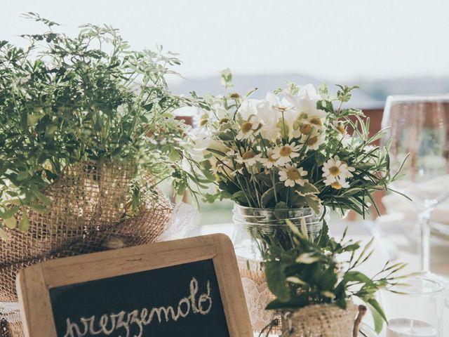 A nozze con i fiori di campo: allestimenti easy dal fascino bucolico