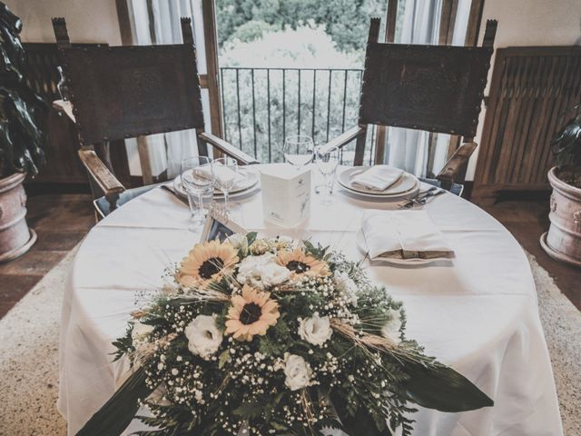 4 modi per organizzare al meglio il tavolo degli sposi