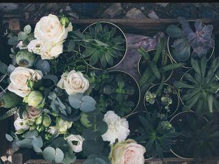 Isabella flower design 6