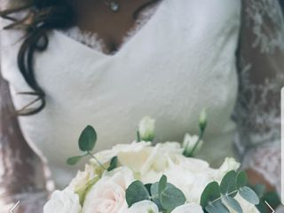 Isabella flower design 7
