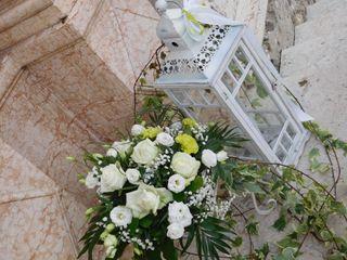 Fra i fiori 2