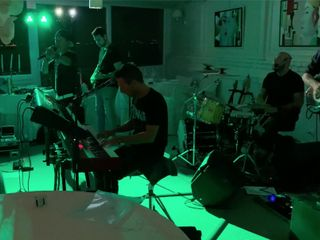 BunkerBox Band 1