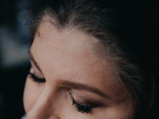 Beatrice Make Up & Lashes 5