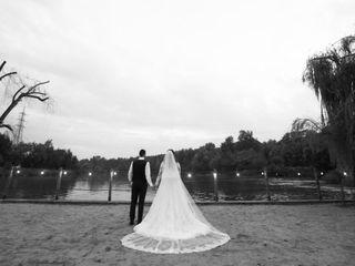 Idea Video-Wedding Photographer 2