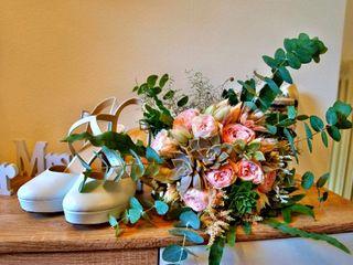 Cinzia Fonso Flowers 1