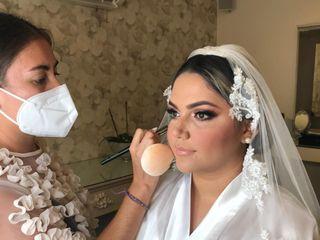 Araceli Acosta Make-up Artist 1