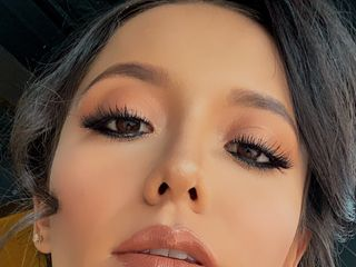 Araceli Acosta Make-up Artist 4