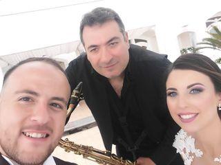 Simone Marra: Sax, Piano, Voce 3