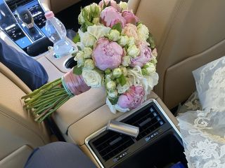 Luxury Cars And Yachts 2