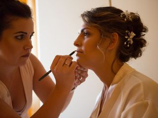 Ana Make-Up Artist 3
