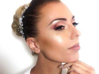 Monica Esposito Make Up Artist 1