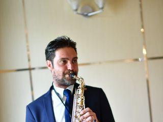 Latiano Francesco Voice Sax e Dj 5