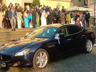 Luxury Cars And Yachts 1