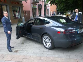 Tesla Experience 5