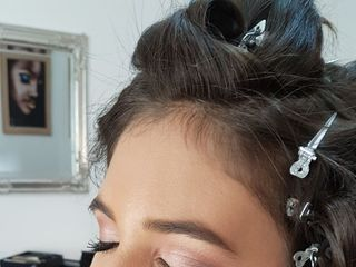 Pretti Makeup & Hairstyle 3