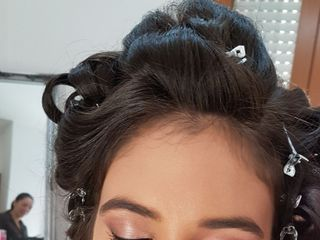 Pretti Makeup & Hairstyle 4