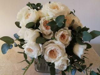 Ivana Floral Designer 5
