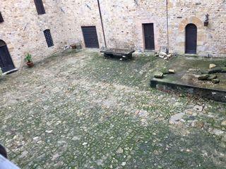 Castello di Contignaco 2