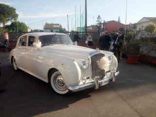 Emanuel Noleggio Limousine 3