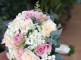 Salvo Flowers 4