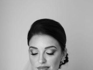 Veronica Ulgheri Make Up Artist 1