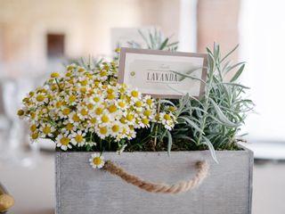 Bee in Love - Wedding Design 3