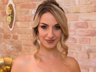 Claudia Cucinelli 4