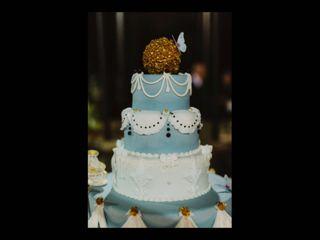 Red Carpet Cake Design 5