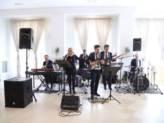 Intono Band 2
