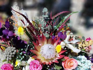 Maria Mannino Floral Designer 5