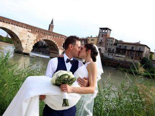 Idea Video-Wedding Photographer 4