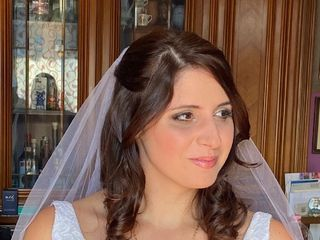 Susanna Hair & Make-Up Studio 1