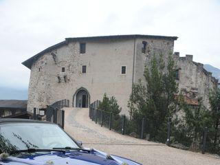 Castel Pietra 1