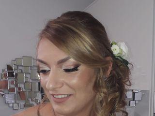 Catherina Make-up Artist 3