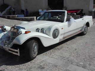 Exclusive Wedding Car 5