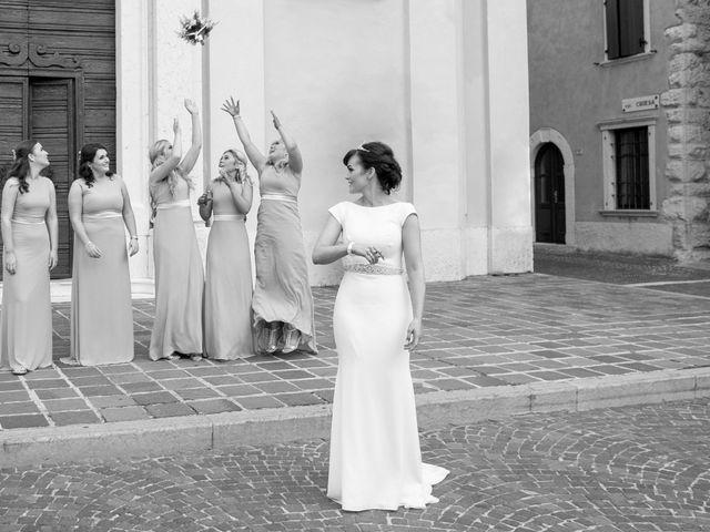 Il matrimonio di Rory e Chelsie a Torri del Benaco, Verona 16