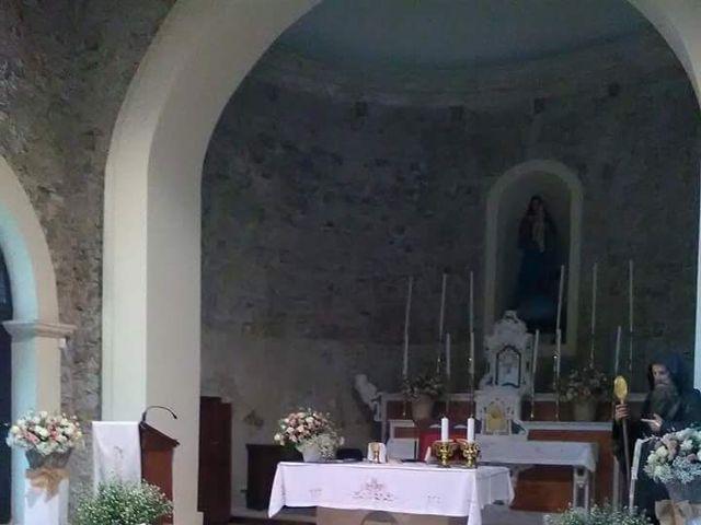 Il matrimonio di Giuseppe  e Giada a Rocca di Neto, Crotone 27