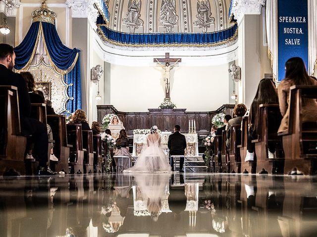 Il matrimonio di Giovanna e Paolo a Pozzuoli, Napoli 25