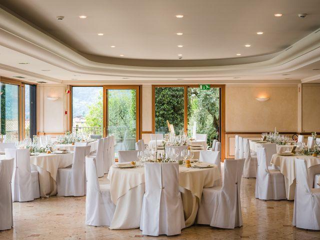 Il matrimonio di Junior e Paulina a Riva di Solto, Bergamo 2