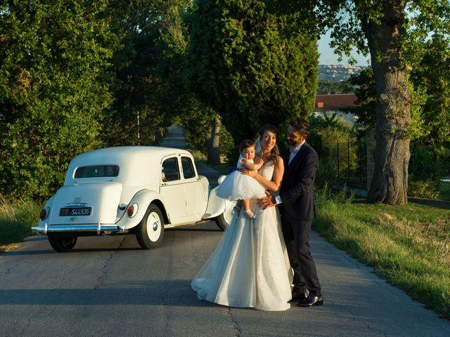 Il matrimonio di Michele e Arianna a Montecassiano, Macerata 4
