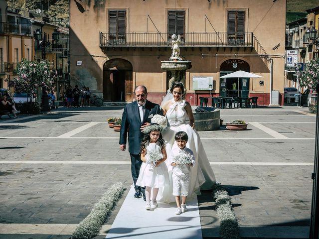 Il matrimonio di Gloria e Antonio a Vallelunga Pratameno, Caltanissetta 42