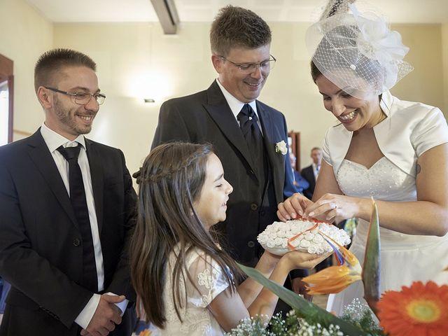 Il matrimonio di Ronny e Elisabetta a San Daniele Po, Cremona 11